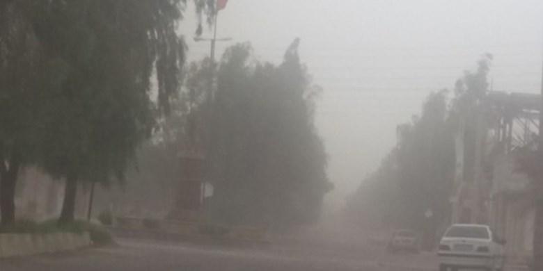 گردوغبار راه ارتباطی ۲۵روستای شرق کرمان را مسدود کرد