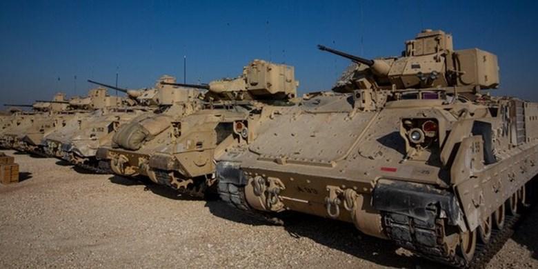 900 سرباز آمریکایی در سوریه میمانند