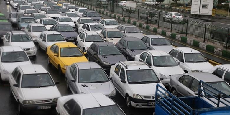 حجم ترافیک صبحگاهی در معابر بزرگراهی/ ترافیک سنگین در نواب، آزادی و شیخ فضلالله