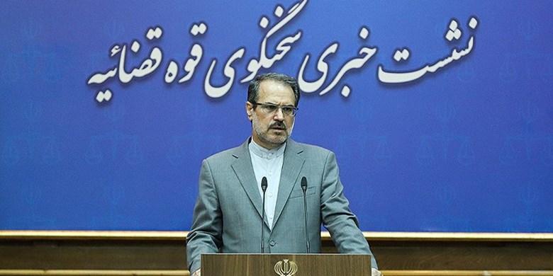 حسین فریدون، رضوی و نعمتزاده در زندان هستند/ مشایی از مرخصی برنگشته