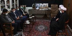 🎬 حضور رئیس شورای عالی استانها در بیت مرحوم آیت الله مصباح یزدی