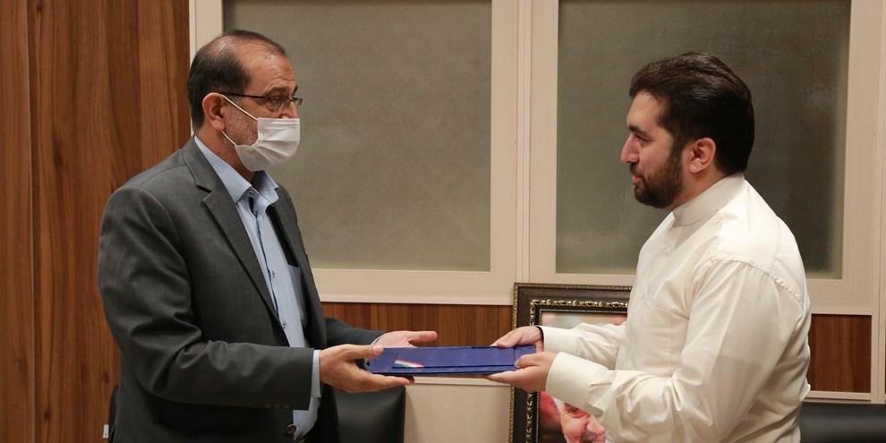 حسین بامیری مشاور و عضو شورای راهبردی توسعه مدیریت و سرمایه های انسانی شورای عالی استانها شد