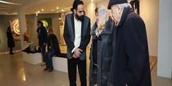 تماشای نقاشی خطهای احمد میرزا و طراحیهای سورئال شهرام انتخابی
